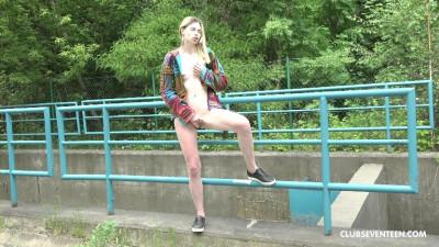 Slim teenage blonde pleases herself