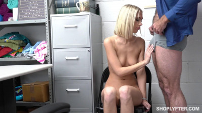 Shoplyfter - Sky Pierce - Case #701734