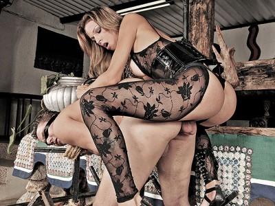 Bossy Tranny Mistress Dany de Castro