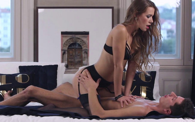 Alexis Crystal – Pussy Love (2019)