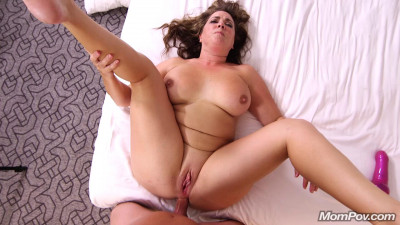 Description Perfect busty Milf who loves anal HD