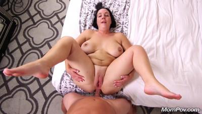 huge ass mature slut fucked anal