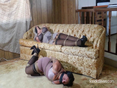 Sandra Silvers & Brenda Bound – Robbed of their High Heels