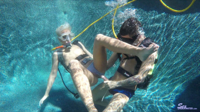 Sex Under Water  Photo Collection