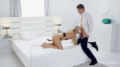 Lola Myluv — Horny couple has passionate sex FullHD 1080p
