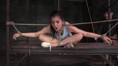 Description Kasey Warner tightly tied and facefucked without mercy, brutal drooling deepthroat!
