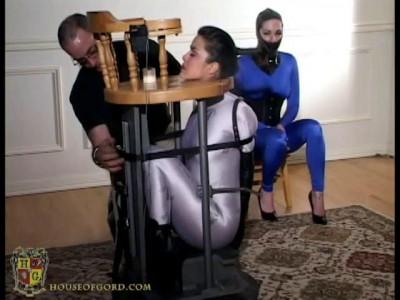 Kinky Barstool Oral Training