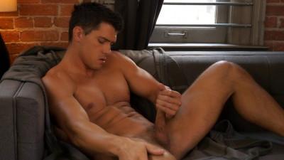 RandyBlue - Anton Rivera