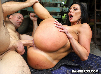 Kendra Lust – Fucked At the Farm (2019)