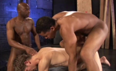 Description Interracial Anal With Muscle Fuckers