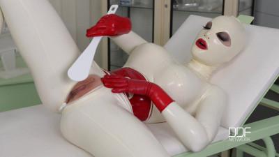 HoT - Jul 07, 2015 - Latex Sex Goddess's Self-Spanking And Masturbation Solo