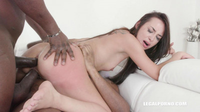 Freya Dee Is Back To Get Fucked and Pissed - HD 720p
