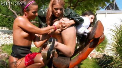 Fucked Up Lesbos Love Fisting Snatch And Ass!