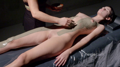 Ariel Erotic Mud Massage