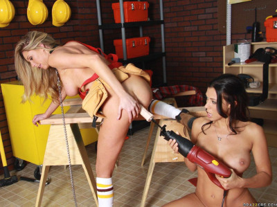 Use Of Tools In The Pussies Of Playful Hotties