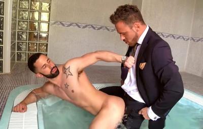 Logan Moore fucks Sunny Colucci's asshole (1080p)