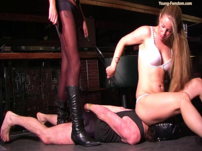 Young-femdom - Pay the juice for me...