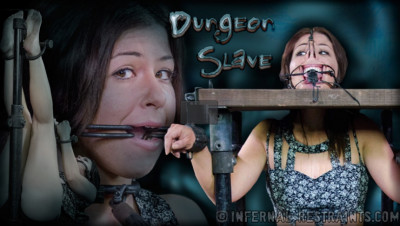 Dungeon Slave – Mia Gold