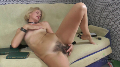 Natural Hairy Pussies Amateur Models part 1