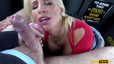 Tiffany Rousso (Rough fuck for sexy Hungarian MILF