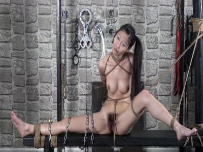 Chinese bondage video — Xiao Ying