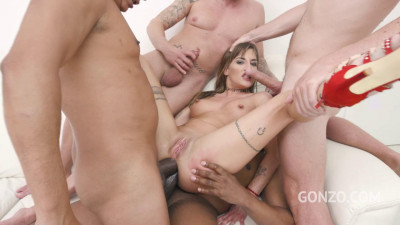 Caged slut Silvia pissed all over and dap anal four on one