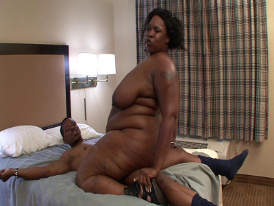 Big mommy fucked in pussy and mouth