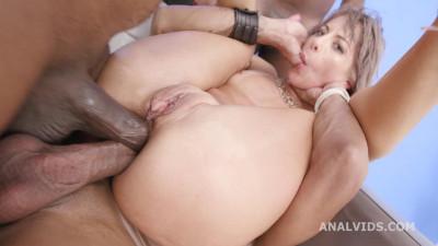 Nasty Vicky Sol Enjoys Gape Orgy & DAP With 3 BBC