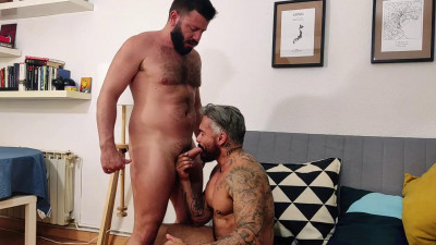 Leo Grin and Santi Noguera –  in love