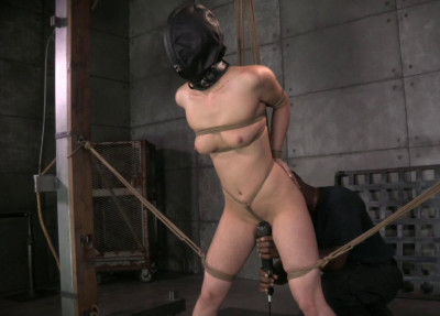 Description Cumming Bondage With Casey