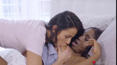 Boni, Lexi Dona - Interracial tight young things