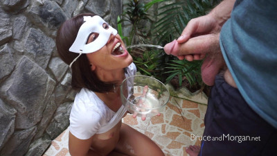 Cum cleaning with piss