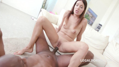 Black Buster, Roxy Dee gets the Anal Fuck of her life with Mike Chapman (2016)