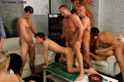 Bisexual Orgy Got Off To The Hardcore As Fuck Start