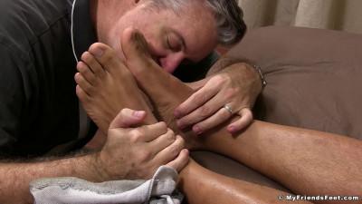 Damian's Feet Worshiped