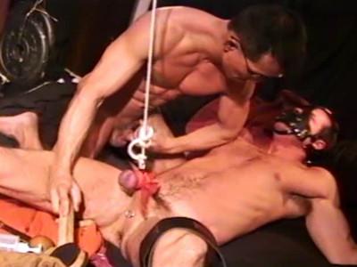 Description Master Roger Dominates His Best Slaves