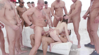 Description Amazing 15on1 TP GangBang with Russian babe