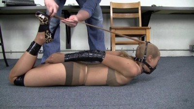 Madalynn Raye : Trussed Tightly in Tape