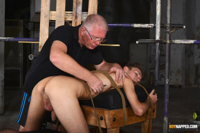 BoyN - Jay McDally - A Slim & Hung New Twink Arrival Part 2