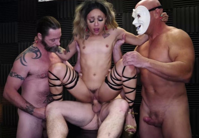 Creampie Gangbang Party For Smalle Babe Holly Hendrix
