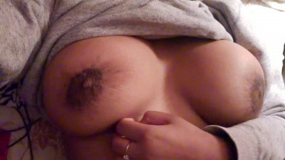 Nasty indian babe showing her big boobs at cam