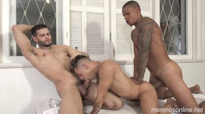 MeninosOnline - Erick, Richard and Fábio Ferraz