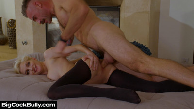 Skye Blue Takes A Trip To Her Fiances