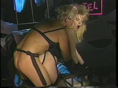Description Porn Star Legends: Lynn LeMay