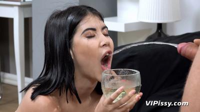 Description Piss Tasting Blowjob