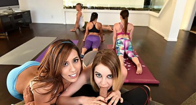 Kinsley Eden — Hot Sneaky Yoga FullHD 1080p