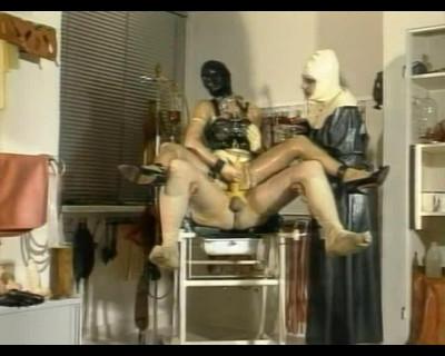 Gummiklinik Frau Dr Monteil Part 1