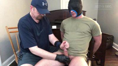 MilkingCoach – cumpilation Milking Military Men!
