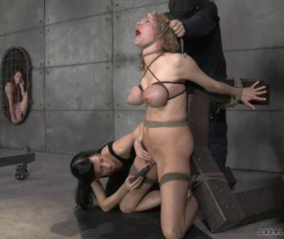 Description Broken Blonde With Ashley Lane & Rain DeGrey
