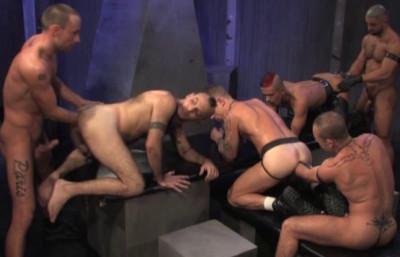 Description Deep Fisting & Butt Play